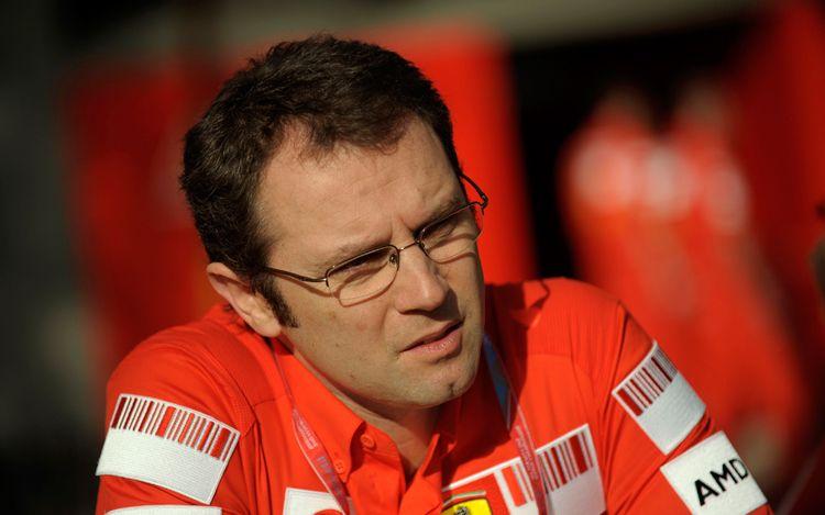 Domenicali: Las evoluciones de los coches serán la clave 112_0808_02z+Stefano_Domenicali+ferrari_team_manager