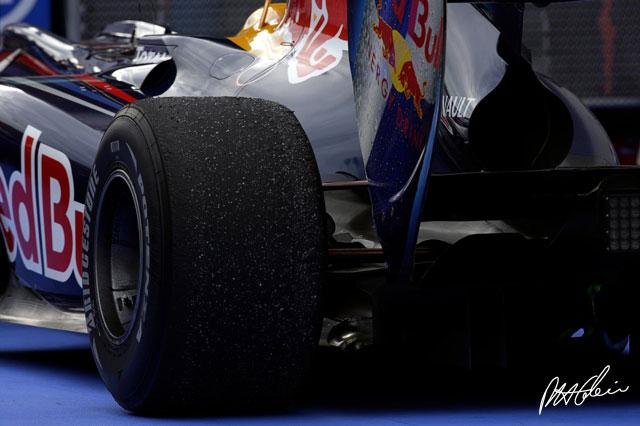 A pesar de la marcha de Bridgestone, la F1 no se quedará sin ruedas 0redbull1-lg