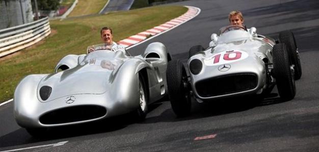 Schumacher y Rosberg prueban dos de las auténticas Flechas de Plata