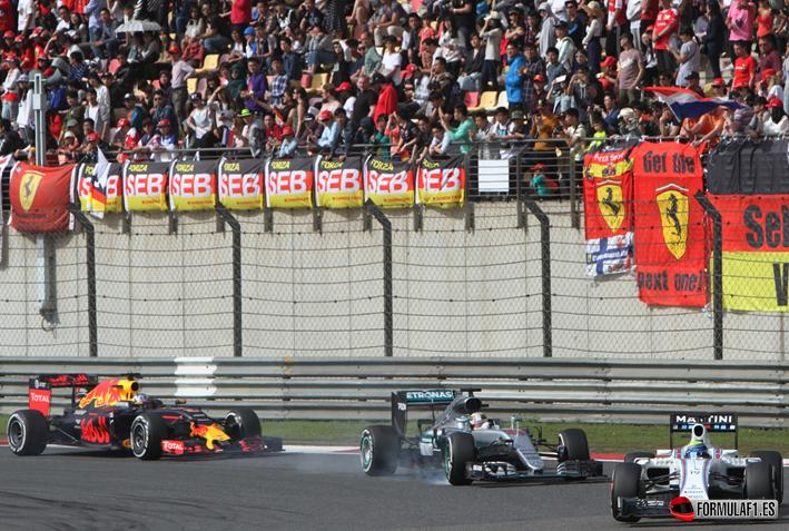 GP de China 2016: Nico Rosberg se queda solo