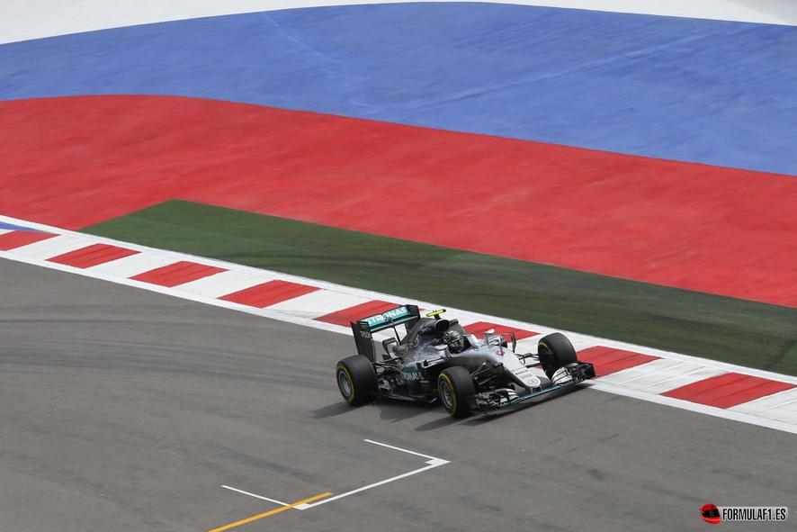 GP de Rusia 2016 – Libres 3: Doblete de Mercedes con Vettel a seis décimas