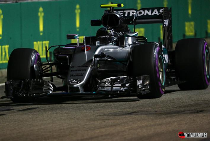 GP de Singapur 2016. Libres -3: Rosberg sigue en buena forma