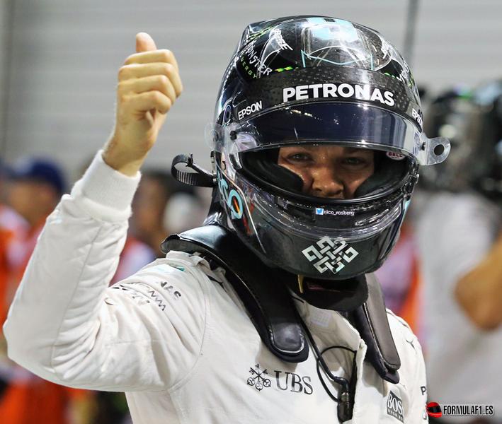 GP de Singapur 2016: Rosberg aguanta y recupera el liderato