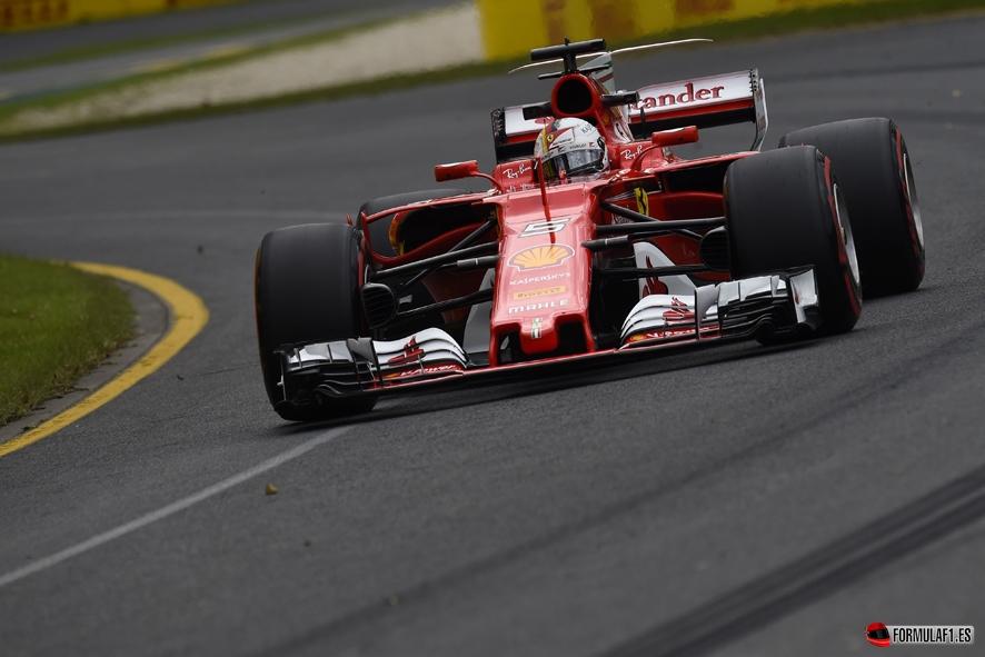 GP de Australia 2017- Libres 3: Sebastian Vettel bate el récord y desbanca a los Mercedes