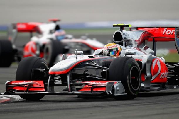 Lewis Hamilton con el McLaren MP4-25 en el GP de Turquía 2010