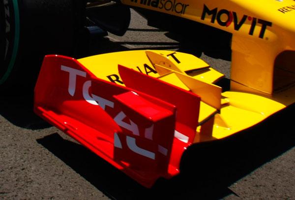 Alerón delantero del Renault R30 en el GP de Europa 2010