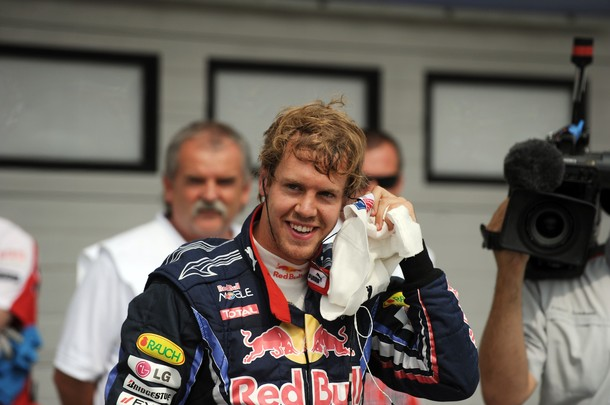 Sebastian Vettel tras lograr la pole position en Hungría 2010