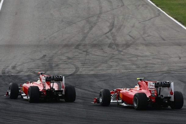 Felipe Massa y Fernando Alonso durante el GP de Alemania 2010