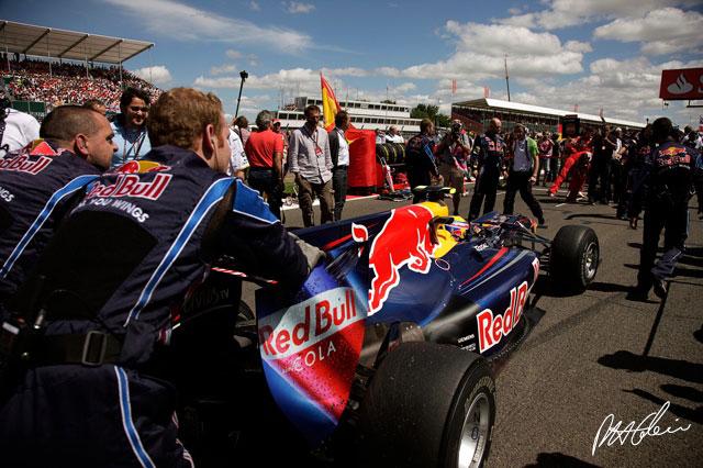 Mark Webber en la parrilla de salida del GP de Gran Bretaña 2010