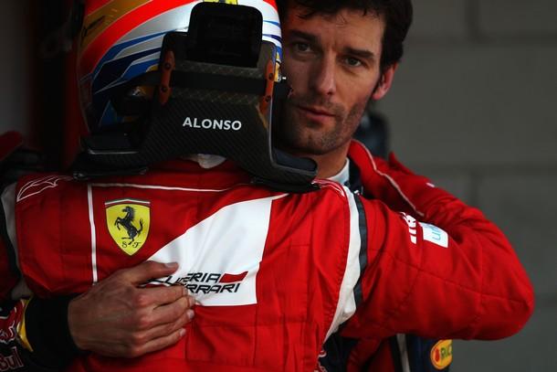 Fernando Alonso felicita a Mark Webber tras la calificación del GP de España 2011