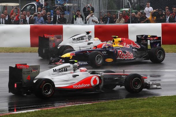 Trompo de Mark Webber en la salida del GP de Canadá 2011