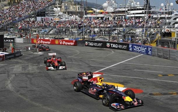 Vettel, Alonso y Button durante el GP de Monaco 2011