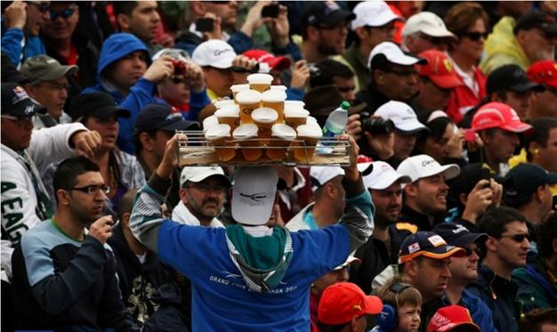 El público del GP de Canadá no pasó sed