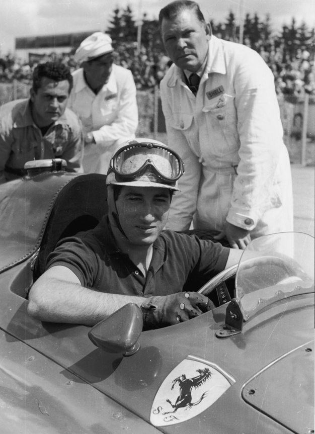Fon De Portago en su Ferrari