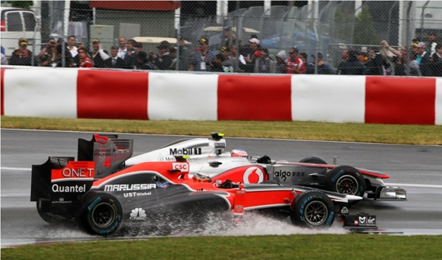 Virgin y McLaren bajo la lluvia