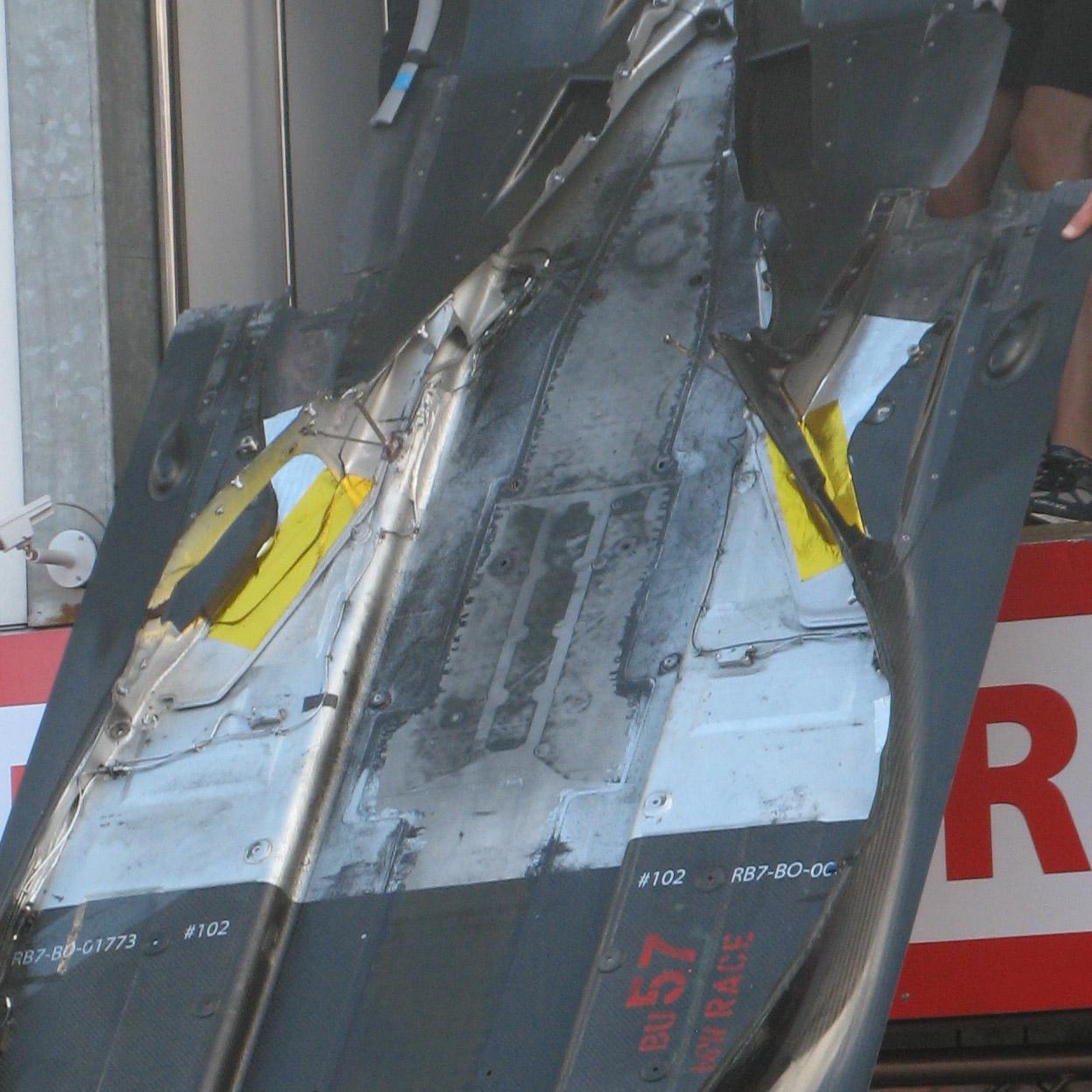 Parte trasera del fondo plano del Red Bull RB7