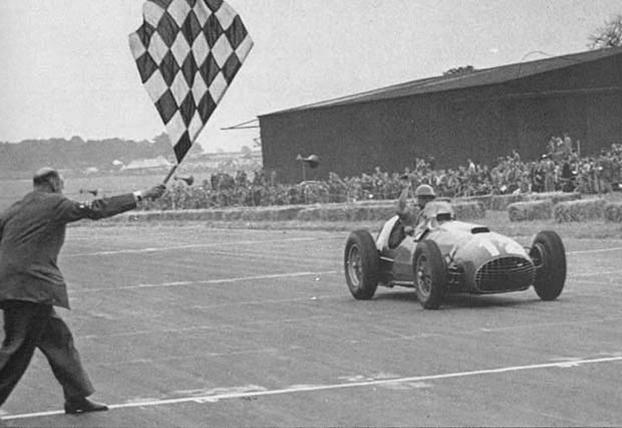 J.F. González logra la primera victoria para Ferrari (Silverstone-1951)