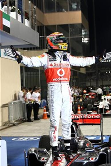 Hamiltón ganador del GP Abu Dabi 2011