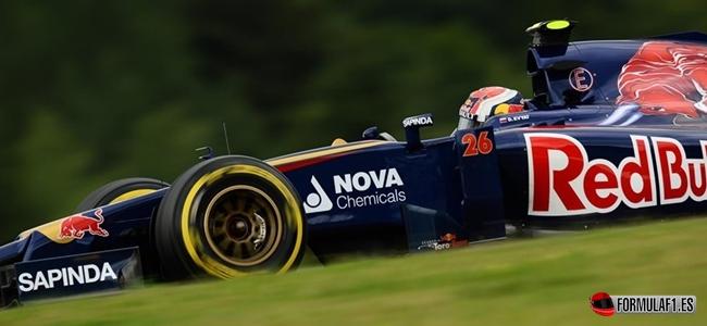 Daniil Kvyat (RUS) Scuderia Toro Rosso STR9