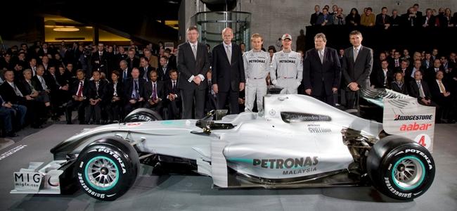 Mercedes GP Petronas, 2010, W01