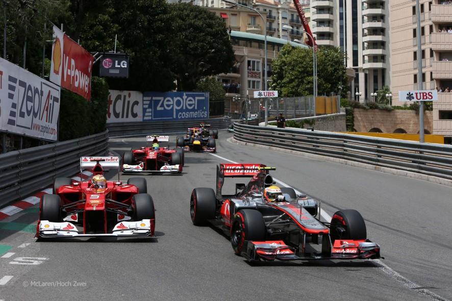 ¿Piensa Hamilton en cambiar de equipo?