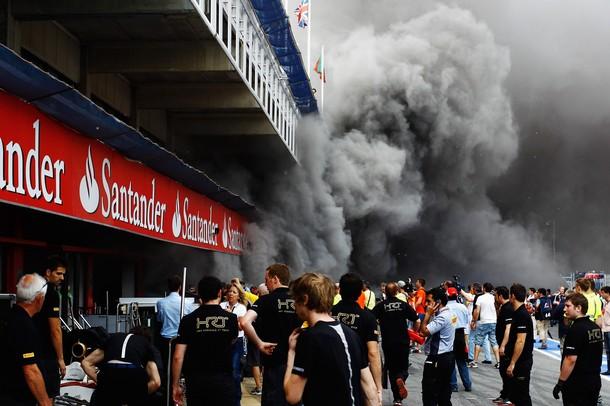 Incendio en el box de Williams en Montmeló tras el GP de España de F1