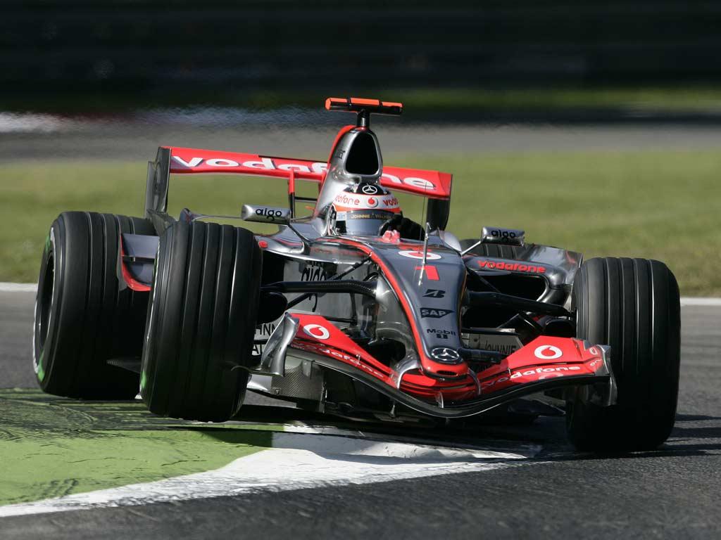 Fernando Alonso en Monza con McLaren en 2007
