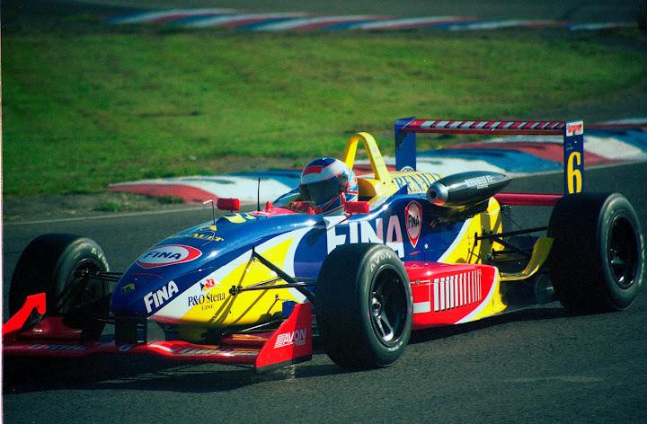 Jenson Button en la F3 en Thruxton en 1999