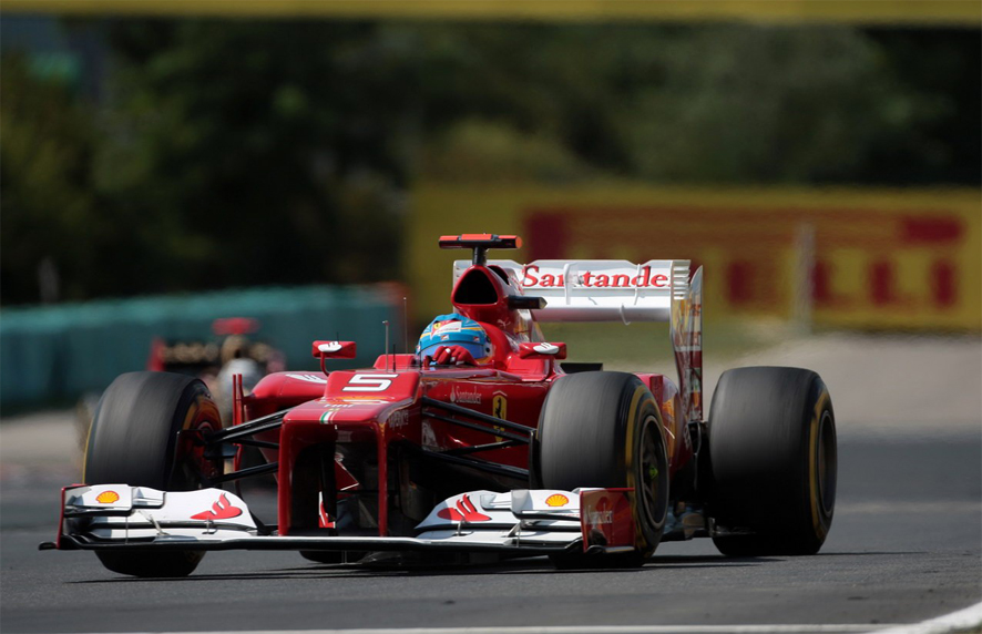 Soplan aires de cambio en Ferrari