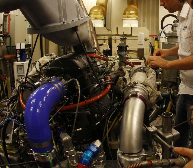 Motor Renault F1 turbo para el 2014 en el banco de pruebas