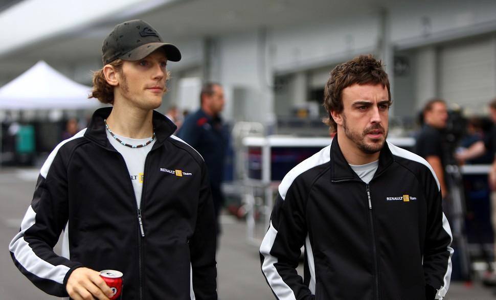Romain Grosjean y Fernando Alonso en 2009