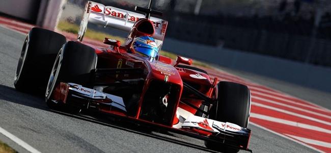Fernando Alonso durante los tests de pretemporada 2013 en Montmeló