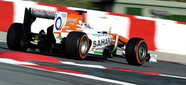 Adrian Sutil durante los tests de pretemporada 2013 en Montmeló