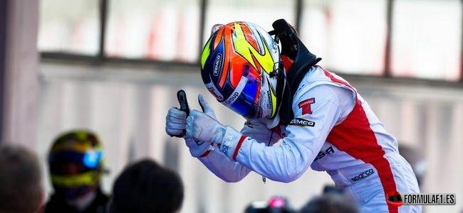 Tio Ellinas se subirá a un Fórmula 1 antes de disputar los test de jóvenes pilotos de Silverstone