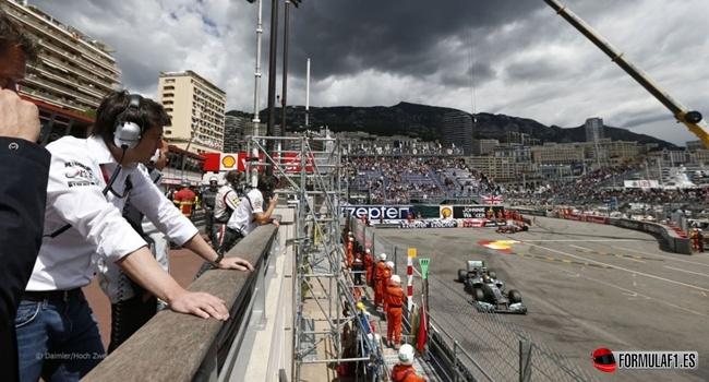 Los problemas de Lewis Hamilton