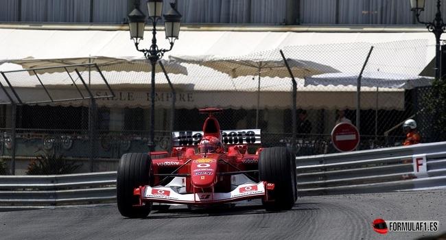 Kimi Räikkönen bate el record de carreras seguidas puntuando de Michael Schumacher