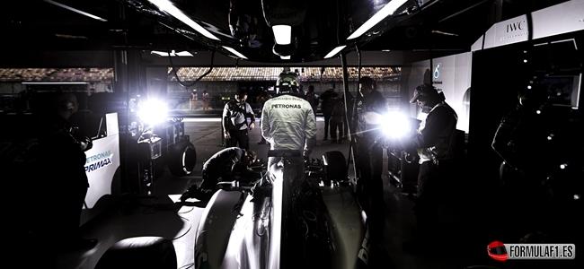 La magia del número tres, del lado de Lewis Hamilton