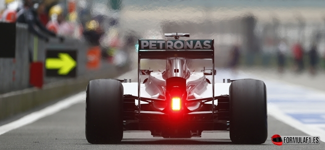 Hamilton, Mercedes, China 2014