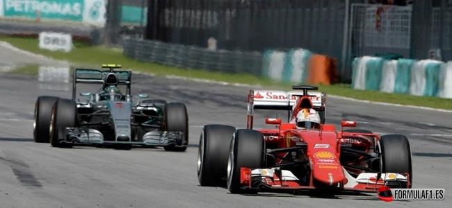 Vettel, Hamilton, Malasia 2015