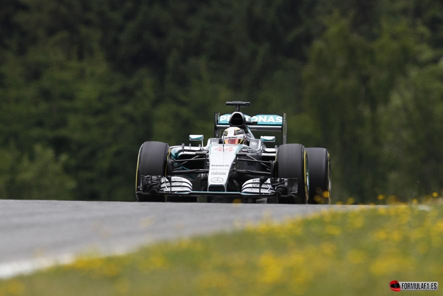 Hamilton Q3