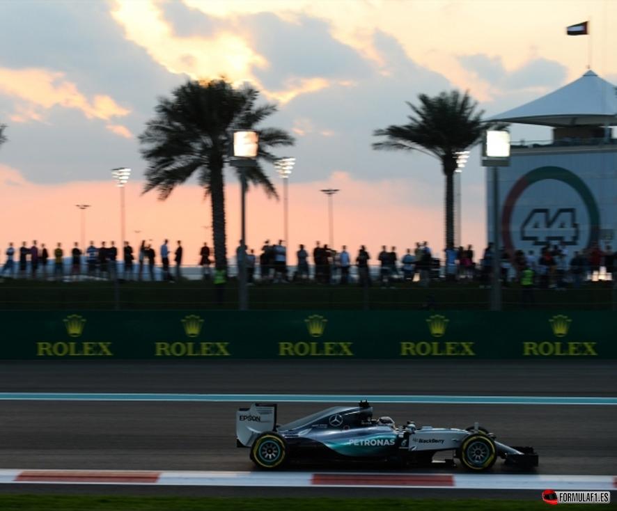 Mercedes fp2