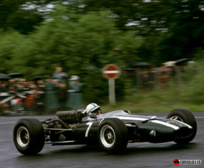 John Surtees (Cooper-Maserati). GP Alemania 1966