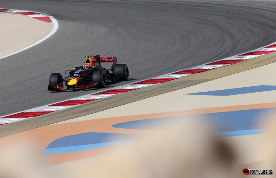 GP de Baréin 2017 – Libres 3: Verstappen supera a Hamilton y Vettel en una sesión muy igualada