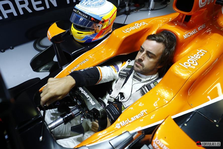 Bernie Ecclestone desvela la renovación de Fernando Alonso con McLaren