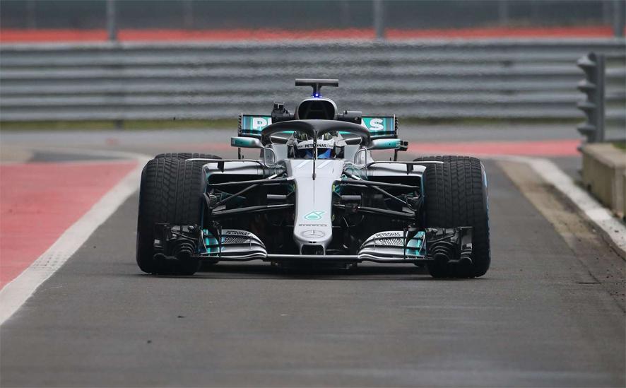 Mercedes presenta el W09 en Silverstone