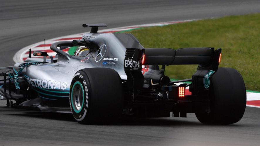 Test de Barcelona: Verstappen lidera con Sainz a tres centésimas