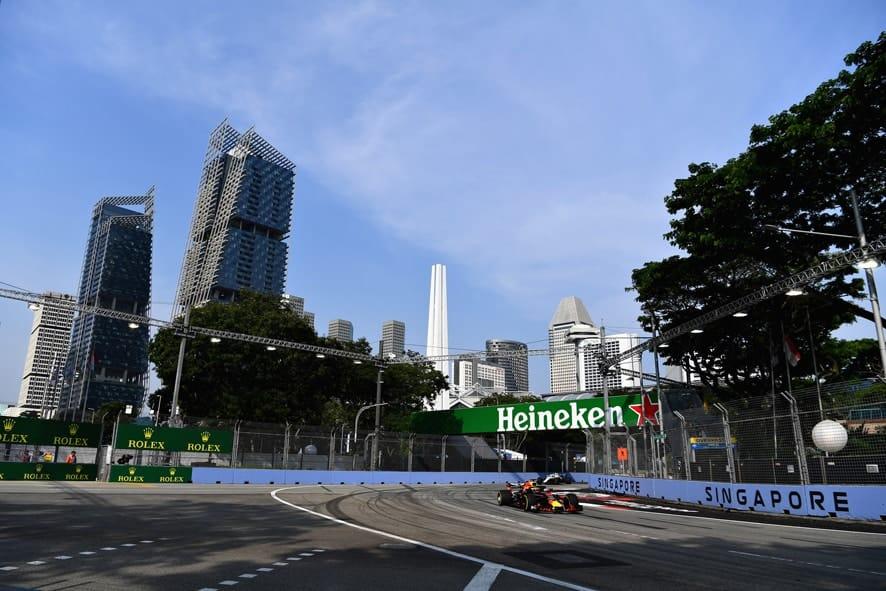 GP de Singapur 2018- Libres 1: Ricciardo lidera el doblete de Red Bull