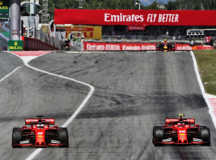 Vettel deja pasar a Leclerc. GP España 2019