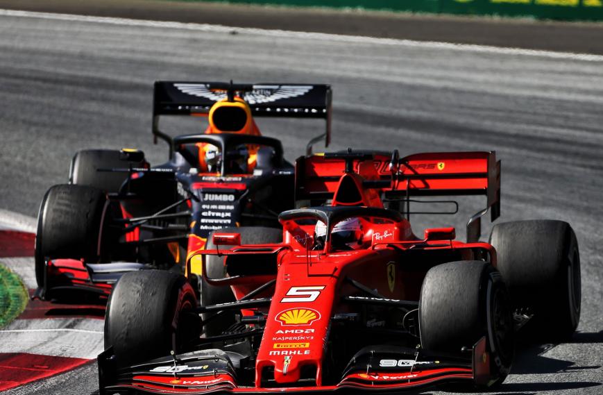 Vettel y Verstappen. GP Austria 2019