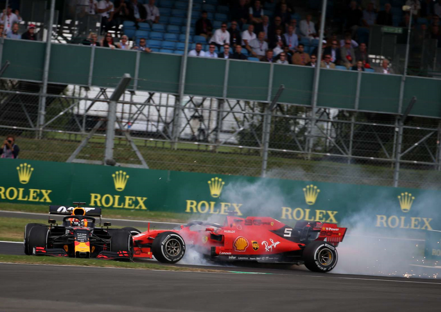 Choque Vettel y Verstappen. GP Gran Bretaña 2019
